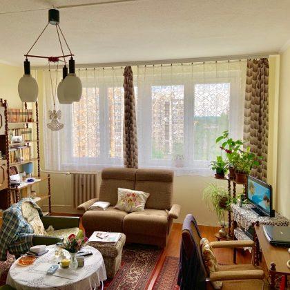 Eladó panel lakás sürgősen Kiskunfélegyházán a Petőfi lakótelepen.